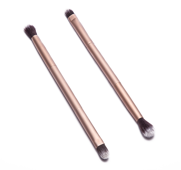 MB024 Duo end eye shadow brush1