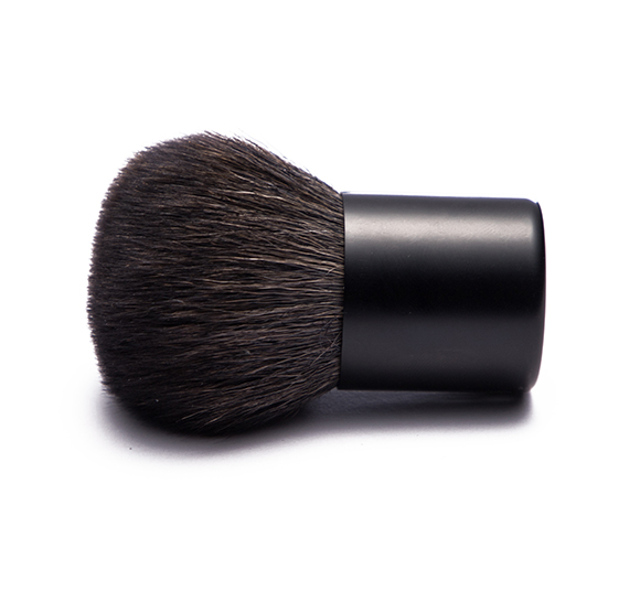 MB026 Kabuki brush